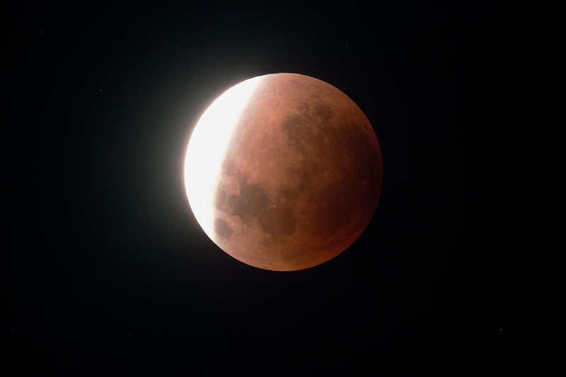 Super Blue Blood Moon - Umbral shadow ingressing- 31/1/2018