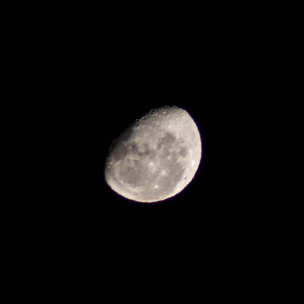 Moon - 18/10/2019 (Singe cropped image)