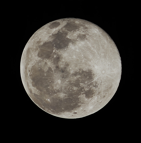 Last Full Moon of the year of COVID-19 - 30/12/2020 (Processed stack)