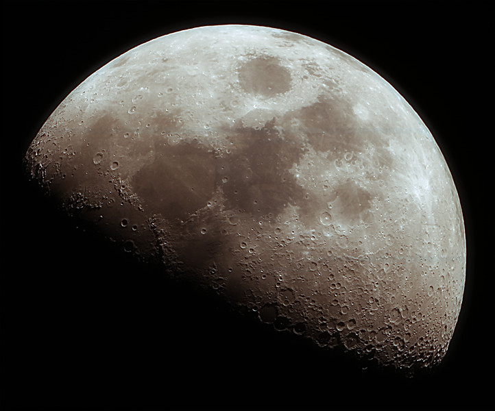 First Quarter Moon - 6 Image f/4 Moasic - 24/6/2020 (Processed stack)