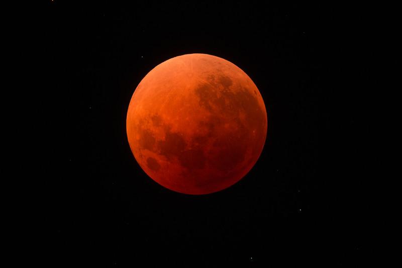 Super Blue Blood Moon - Centre of Umbral phase (full eclipse) - 31/1/2018