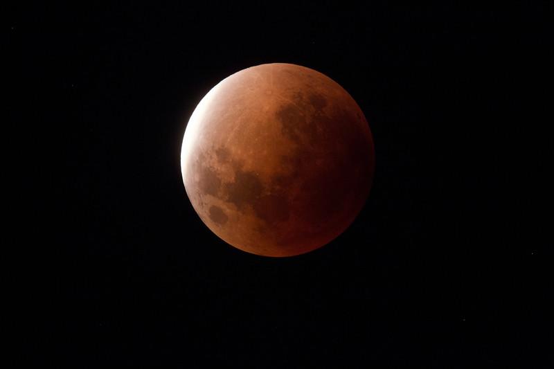 Super Blue Blood Moon - Umbral shadow ingressing- 31/1/2018