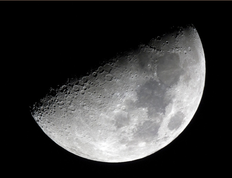 First Quarter Moon - 12/10/2013 (Processed cropped single image)