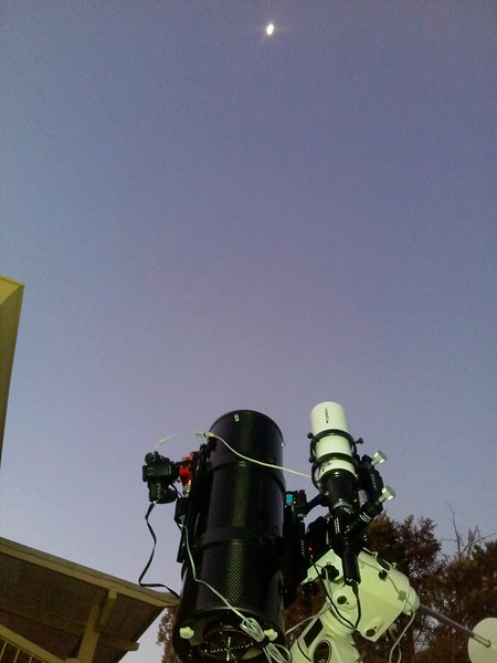 Gear set up for Occultation of Saturn by The Moon - 4/8/2014 18:00
