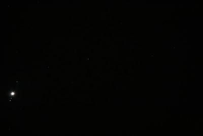 Uranus (centre), Jupiter and 3 Galilean Moons (left) 26/09/2010 (Original)