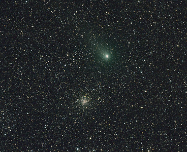Comet Garradd C/2009 P1 - 15min trail, Messier M71 - NGC6838 Sagitta Globular Cluster - 26/8/2011 (Processed cropped stack)