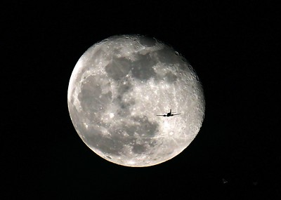 Plane Flying into the Moon!