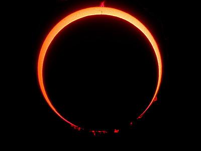 Anular Solar Eclipse  Location: Spain, 2005-10-03  Instrument: Borg 76ED f6.6 + filter Coronado SM60 + Nikon 995 in afocal method with Plossl 25 mm