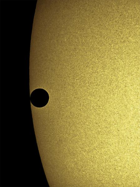 Venus Transit - Second contact<br /> <br /> Location: Musiara Sup. Parma - 2004-06-08<br /> <br /> Instrument: Takahashi 106 Fsq + Astrosolar filter + Nikon 995 in afocal method