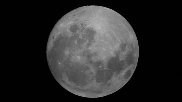 "Raw video of Full Moon on 5/13/14. CPC 11"" Telescope/Canon T4i camera."