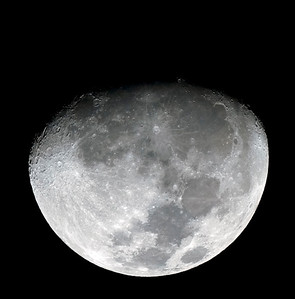 Moon at 11 days old - 4/3/2012