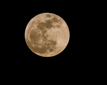 "IMG_6165 - A view of the May 5, 2012 ""Super Moon"" captured over Hendersonville, TN"