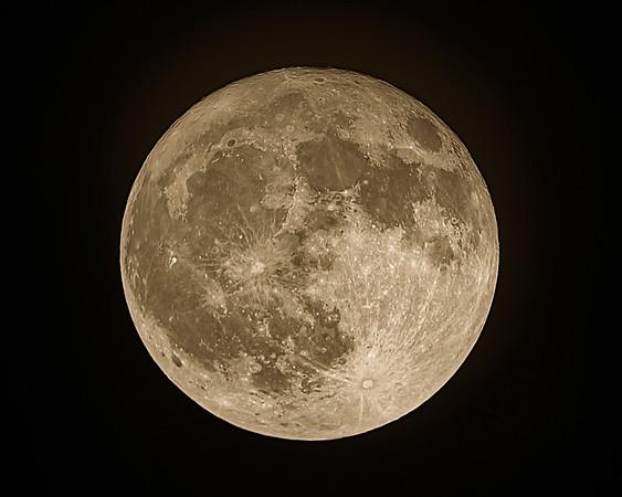 """""""Harvest"""" Full Moon - October 5, 2017"""