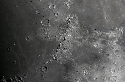 Moon 5 Planetary_Tv1320s_4000iso_1104x736_20171227-18h47m00s RS-Edit