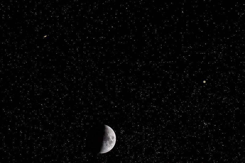Triangular Moon and Planetary Alignment - 10-22-20