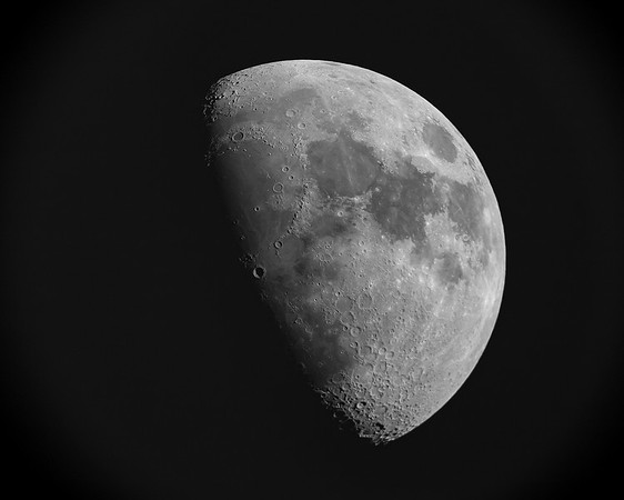 Moon - 3 frames stacked and wavelet sharpened