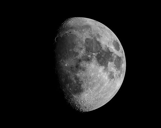 Moon 12-17-18 stacked 6 frames post RS-Edit