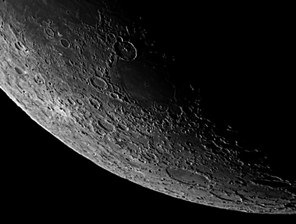 04_57_57 Moon 5 RS