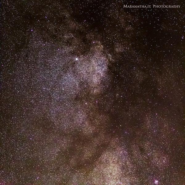 24/09/2013 – 20:51 Dettaglio della parte centrale della Via Lattea (Milky Way). Entroterra di Sesti Levante, Liguria, Genoa Italy