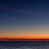 04/12/2013 – 17:29 Luna crescente (Waxing crescent moon 1.4%) e Venere sopra il Mar Ligure. Sestri Levante, Genoa Italy