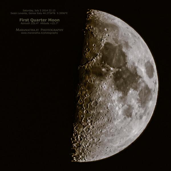 05/07/2014 – 22:15 Luna al primo quarto sopra Sestri Levante. Golfo del Tigullio, Riviera Ligure di Levante, Genoa Italy