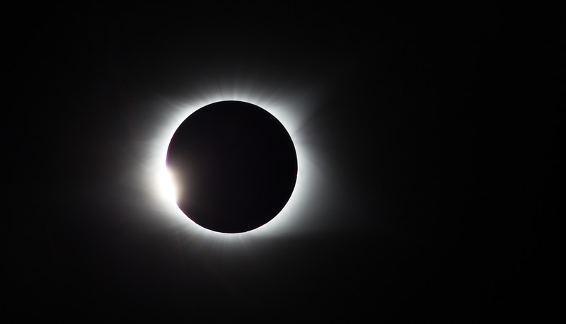 Diamond ring.  Start of totality.