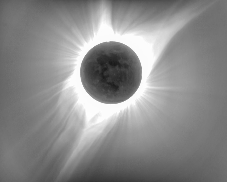 The DR of the corona during the totality is so wide that it needs some very special instruments to capture it. This is an HDR image created by 12 frames of 1-stop each.