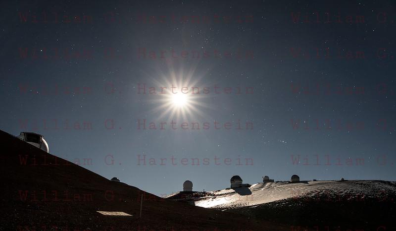Super Moon over Mauna Kea Observatory 12-03-2017
