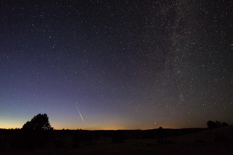 Sporadic meteor over Ritter Butte, Oregon