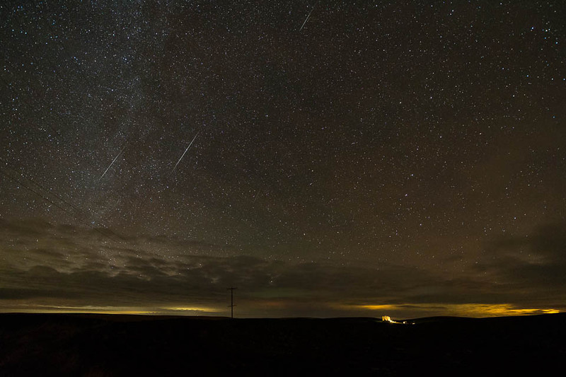 2012 Geminids over the Foothills of the Blue Mountains