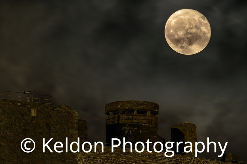 Hunters Moon rising over Mont Orgueil Castle