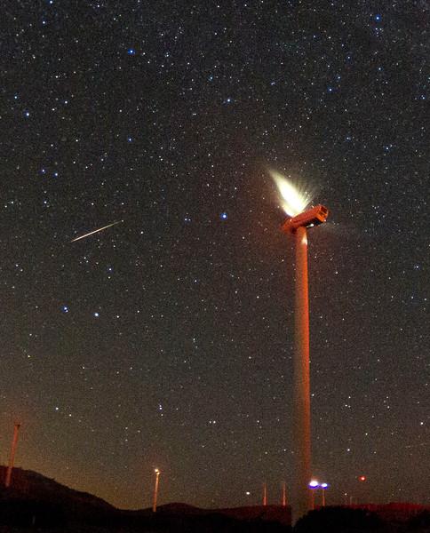 Perseid Meteor shower from Tehachapi Pass Wind Farm, Ca. 08-12-2016