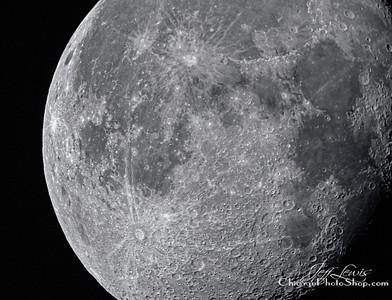 Taken with a Nikon D300 attached to a Meade LXD75. Isn't she gorgeous...