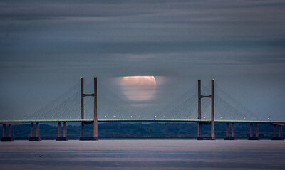 Full Moon over the severn bridge