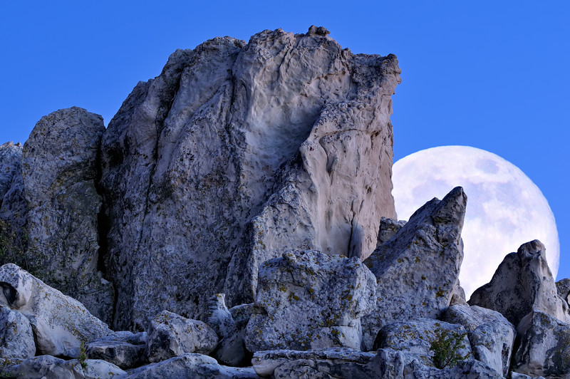 Rock Fort Moonrise