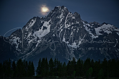 Jackson Lake Moonset 2x3