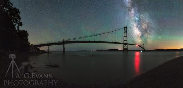 Milky Way & Waves of Air Glow