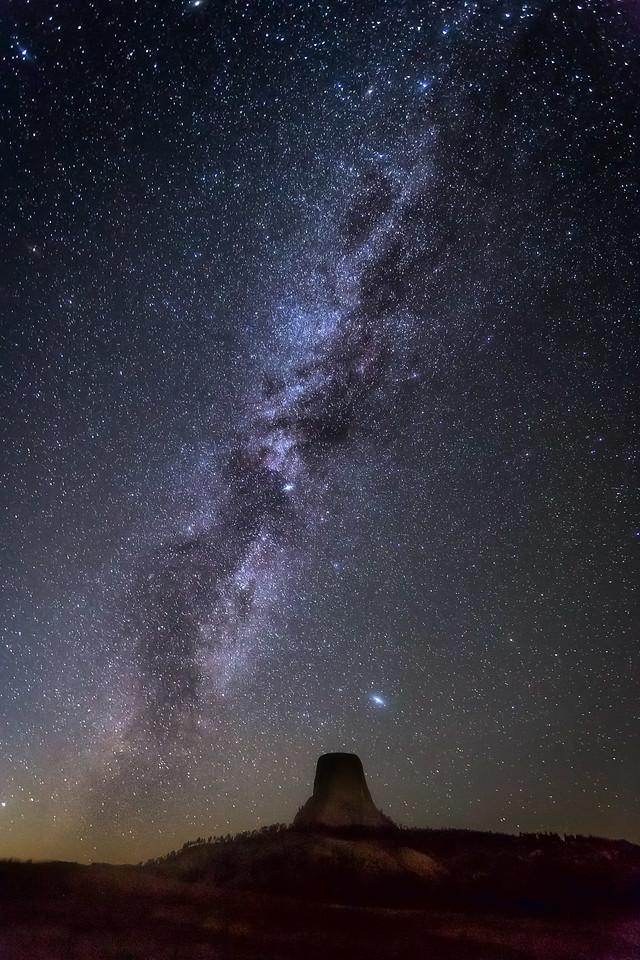 Devlis Tower under the Milky Way
