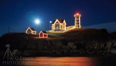 Nubble Moon Rising