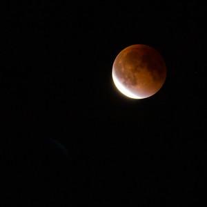 Super Full Moon & Total Lunar Eclipse
