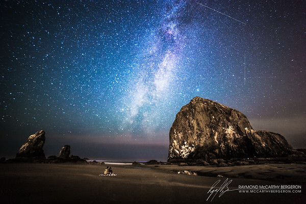 Haystack Rocks || Cannon Beach, Oregon, USA  Canon EOS 6D @ 41.0 sec, ISO 3200