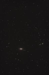M104 (Sombrero Galaxy)100ED, Canon 40D, 12x2min shots + darks & flats, iso1600