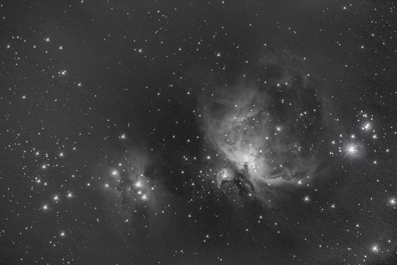 Black and white M42 500mm