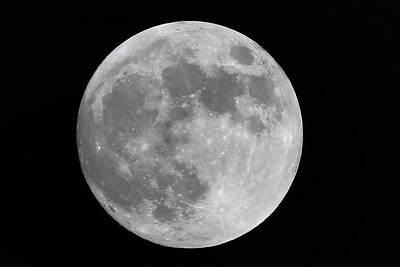 Super Moon and Blue Moon