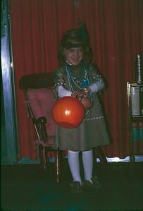 1970 10 Halloween Heather