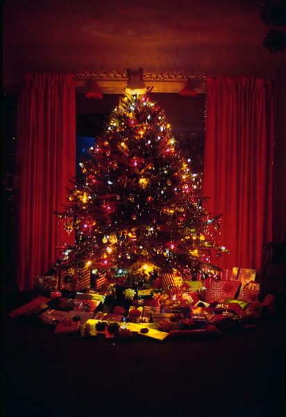 1970 12 Christmas eve 4