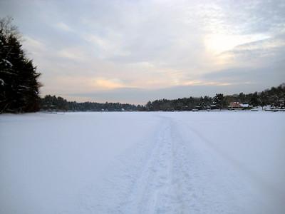 Skiing around the lake