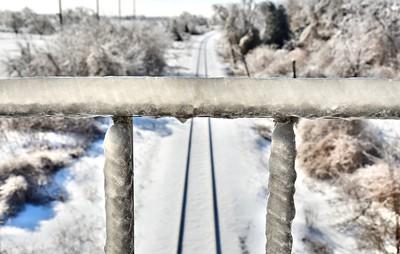 Frozen rails. December 2013.