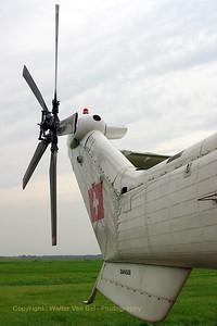 HELOG_AS-332C1-Super-Puma_HB-XVY_cn2033_LOPIK_20070802_CRW_9509_RT8_WVB_1200px