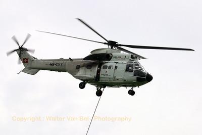 HELOG_AS-332C1-Super-Puma_HB-XVY_cn2033_LOPIK_20070802_CRW_9554_RT8_WVB_1200px